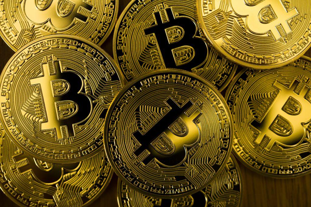 仮想通貨(ビットコイン)現金化を行うなら法律知識を増やすと良い